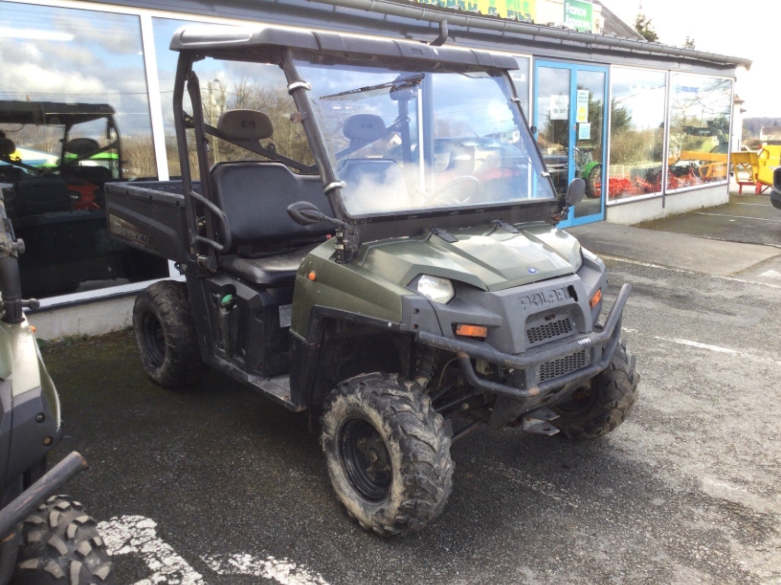 Quad - transporteur Polaris Ranger 900 - 1