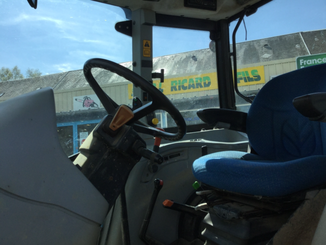 Tracteur agricole New Holland T5050 - 5