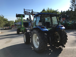 Tracteur agricole New Holland T5050 - 1